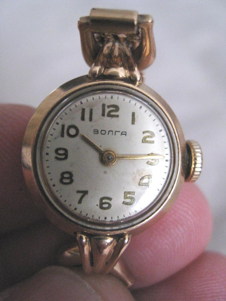 Волга золотые стоимость часы hamilton стоимость часы