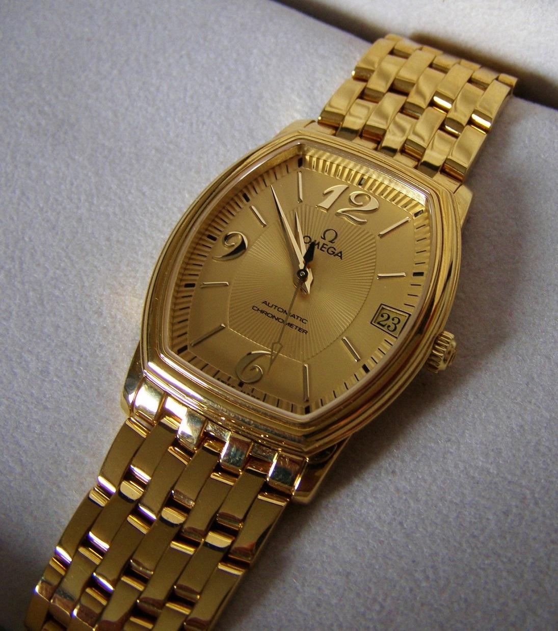 Золотые omega продам часы двор работы продать часы монетный московский адрес монеты и